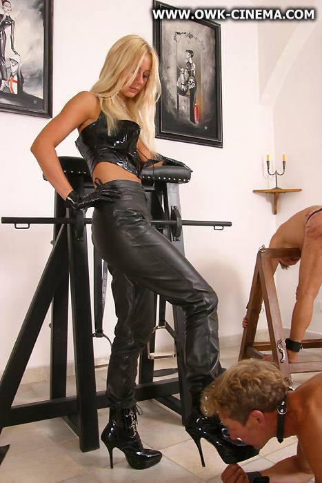 скачать бесплатно фото на телефон госпожа и раб