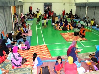 Pusat Pemindahan Sementara Mangsa Banjir