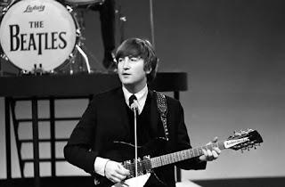 Gitar Milik John Lennon