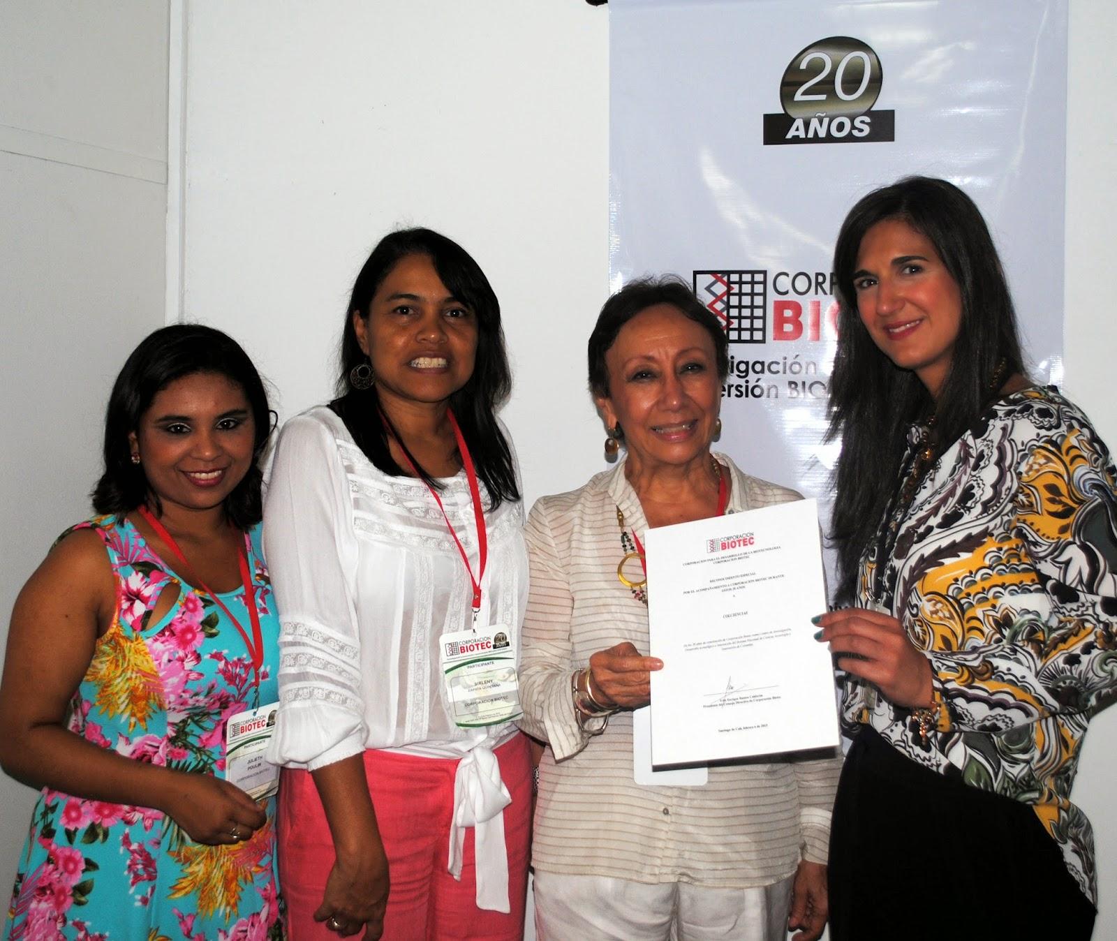 De Izq. a Der.: Directora de Colciencias Yaneth Giha Tovar  y Directora Ejecutiva de la Corporación Biotec, la Dra. Myriam Sánchez.