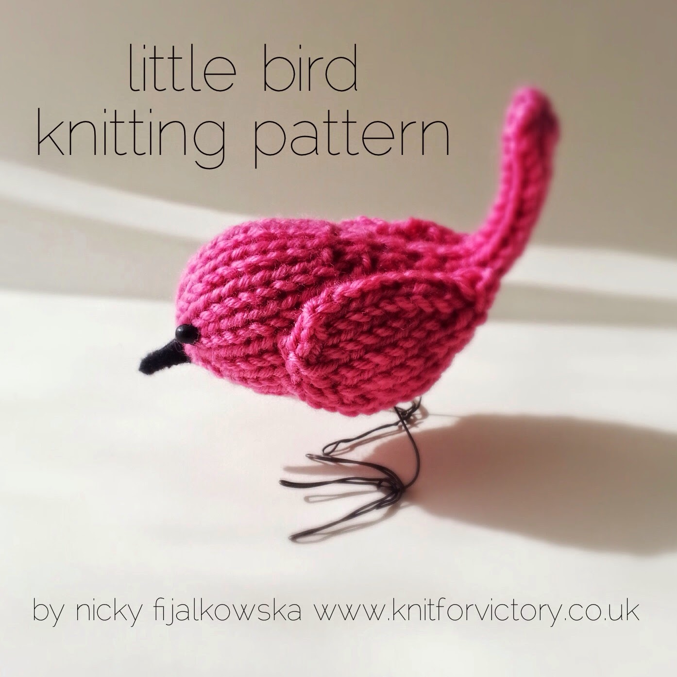 Knitted Bird Pattern : Knit for Victory: Cute little bird knitting pattern