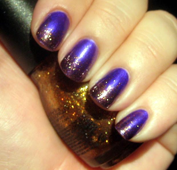 gl itch nails purple 31