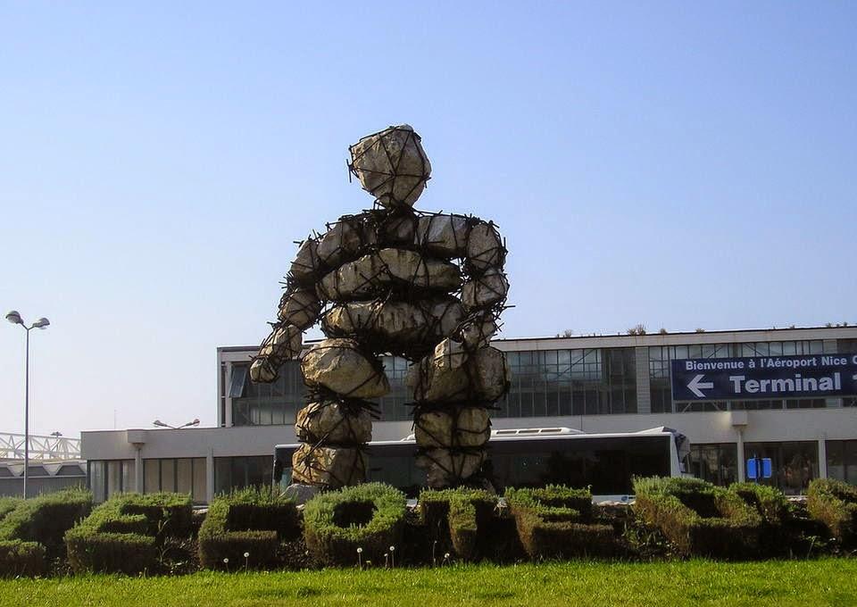 Le Voyageur, Skulptur von Max Cartier