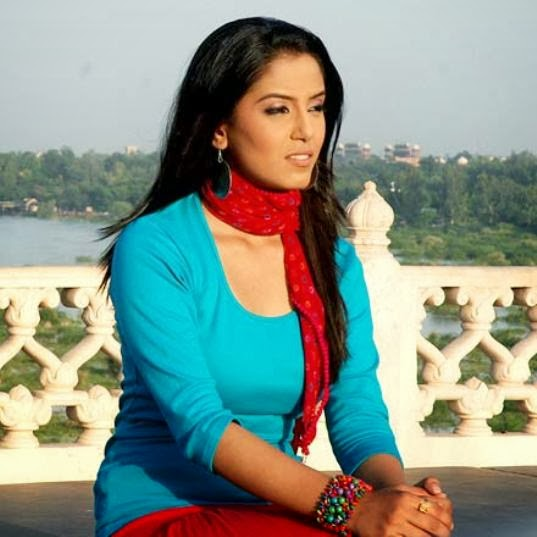 Srishty Rode HD Wallpapers Free Download