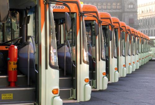 Travestis e transexuais poderão descer do ônibus fora do ponto em São Paulo
