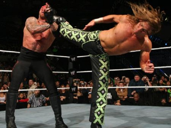 A few Awesome WWE finishing moves - GamerzWWE