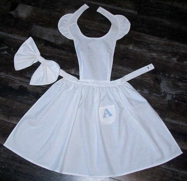FlouncedLucia: Geburtstag: Alice in Wonderland: Kleid: Part 3 ...