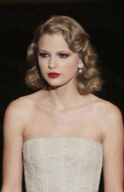 Heavenly Vintage Wedding Blog, hair to complement a 1930s wedding dress - Taylor Swift