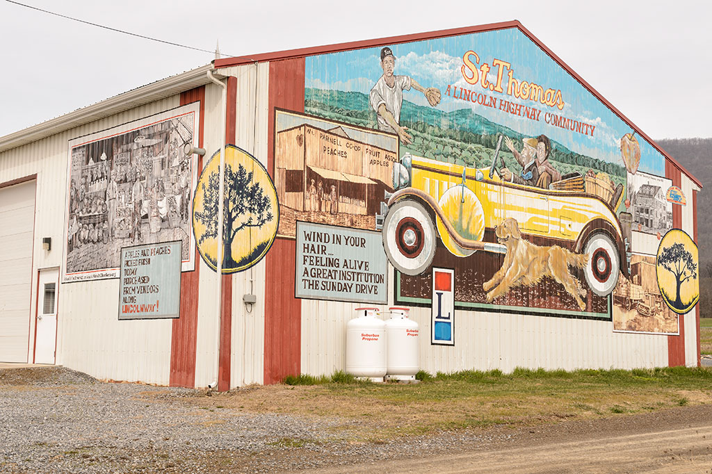 Lincoln Highway Mural at C & R Produce