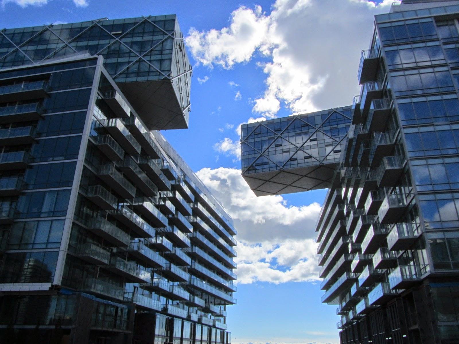 Pier 27 Condos For Sale/Rent Queens Quay Toronto