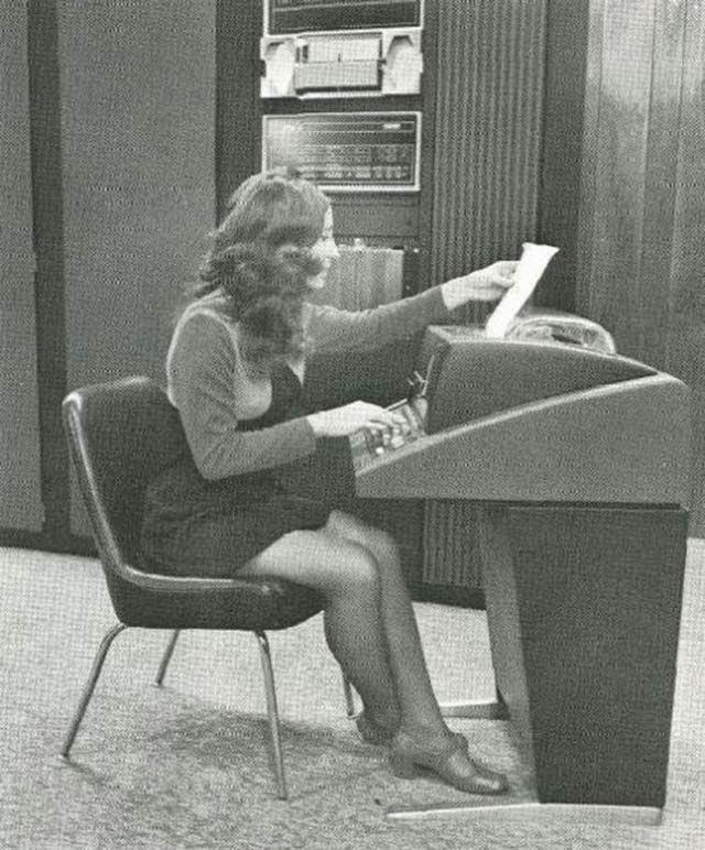 retro office girls vintage everyday