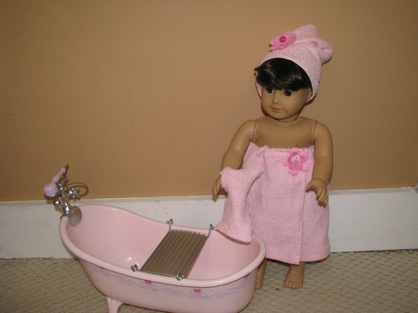 Karen Mom of Three\'s Craft Blog: Bath time outfit For American Girl ...