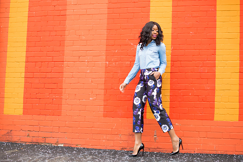 Jcrew patio pants, floral pants, denim shirt, www.jadore-fashion.com