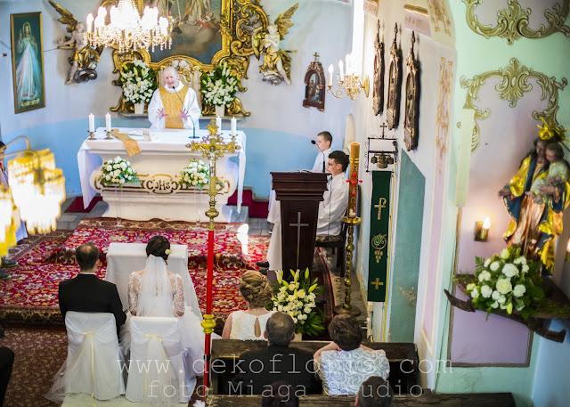 Biały dywan i ślubna dekoracja kościoła Nysa Opole