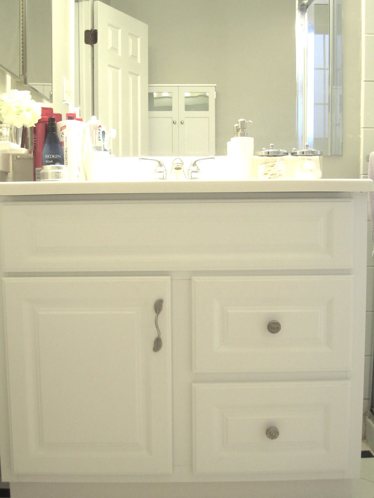 Swoon Style And Home Itty Bitty Update Bathroom Hardware