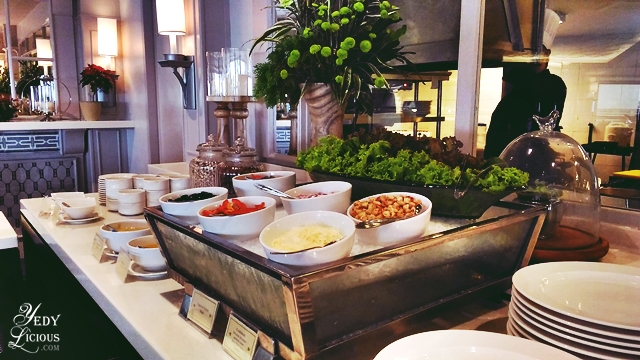 Where To Stay In Tagaytay Staycation At Taal Vista Hotel And Food Trip