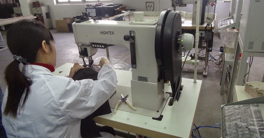 heavy duty industrial sewing machines the best post bed sewing machine for decorative stitching. Black Bedroom Furniture Sets. Home Design Ideas