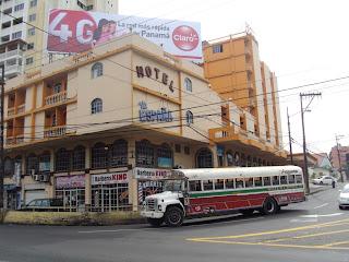 Esquina da Via Espana; uma das principais avenidas da cidade do Panamá