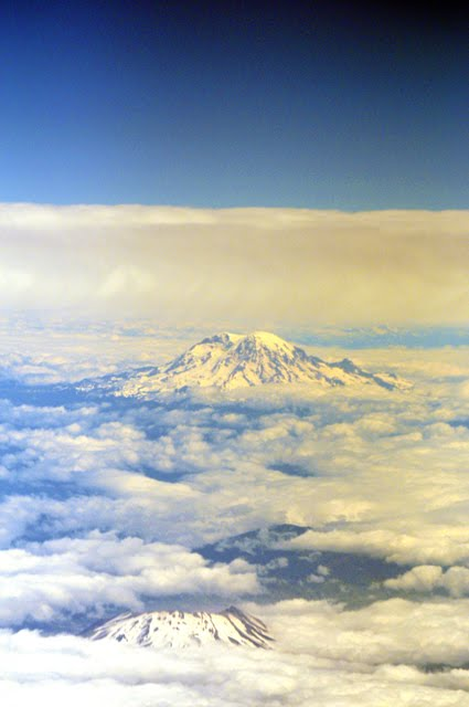 Mt St Helens and Mt Ranier 6061