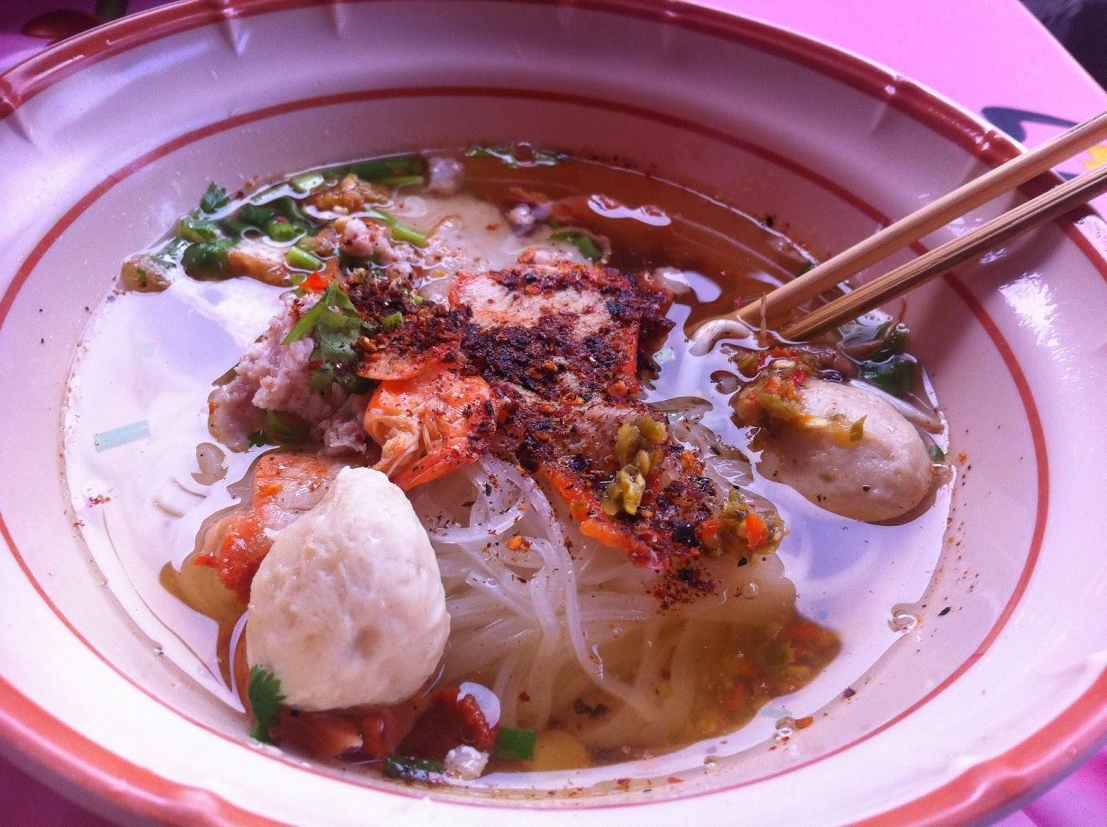 Soup, floating market, Bangkok, Thailand