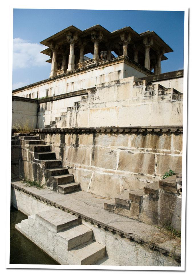 mausoleos de Ahar