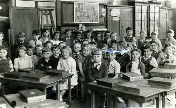 segregated schools 1950s - 600×370