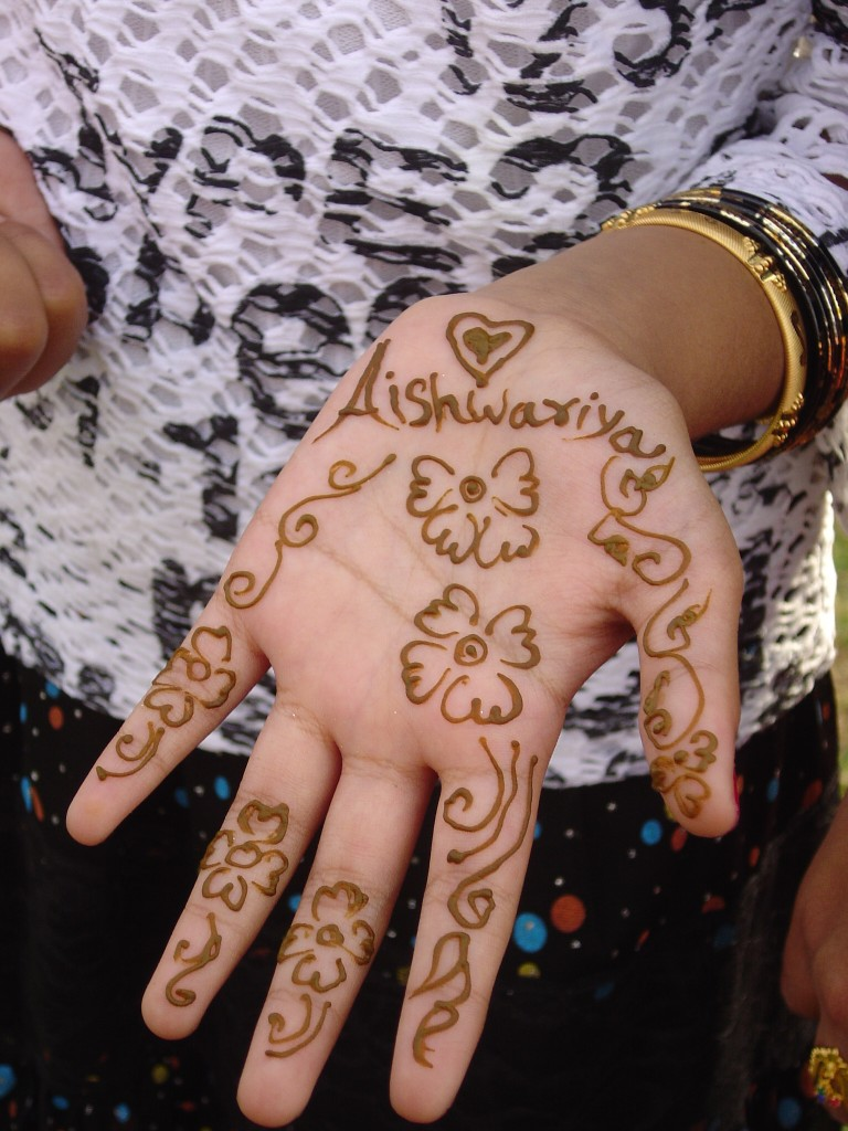 Simple Mehndi Designs For Beginnersreadtosee