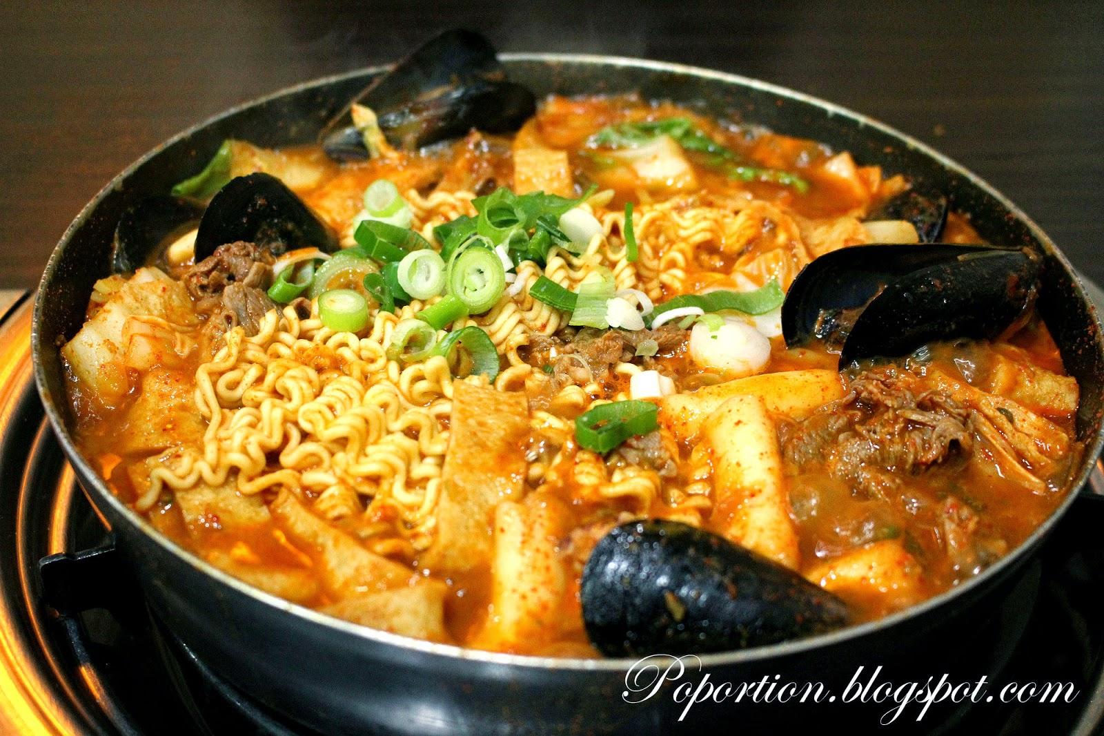 army stew ramen fish cakes topoki meat seafood