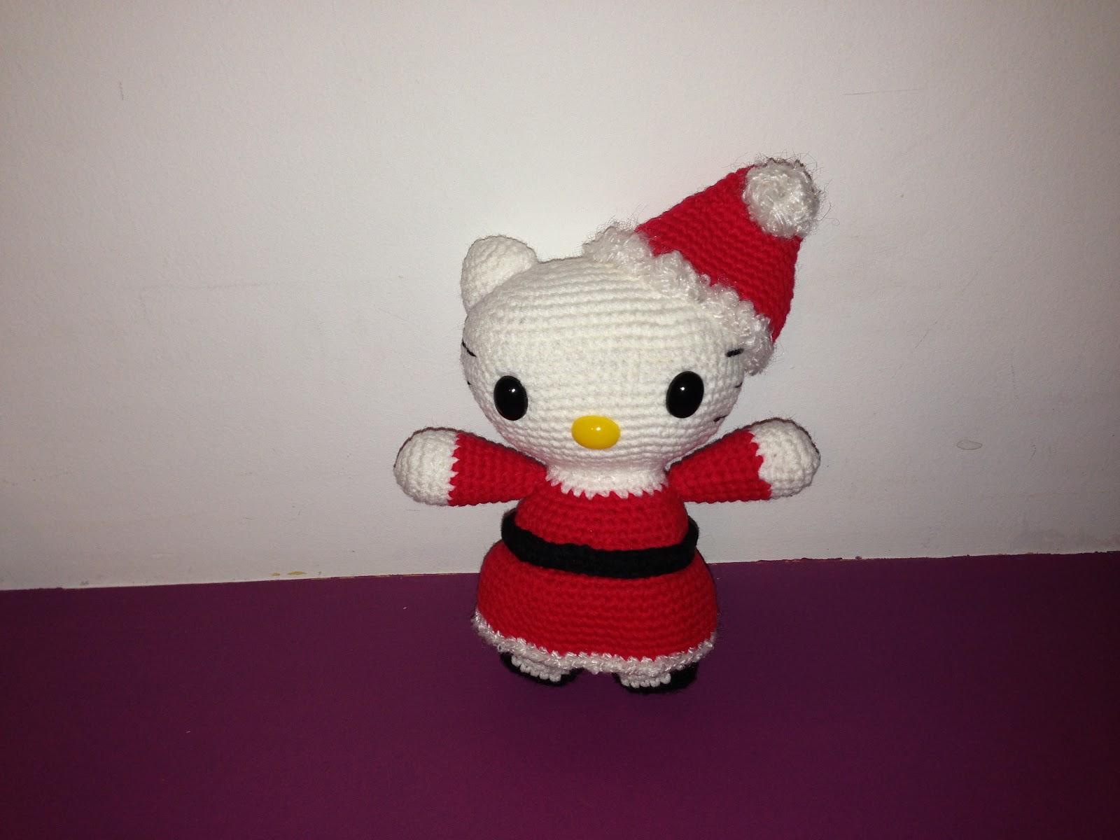 MADRES HIPERACTIVAS: Amigurumi Hello Kitty Mama Noel