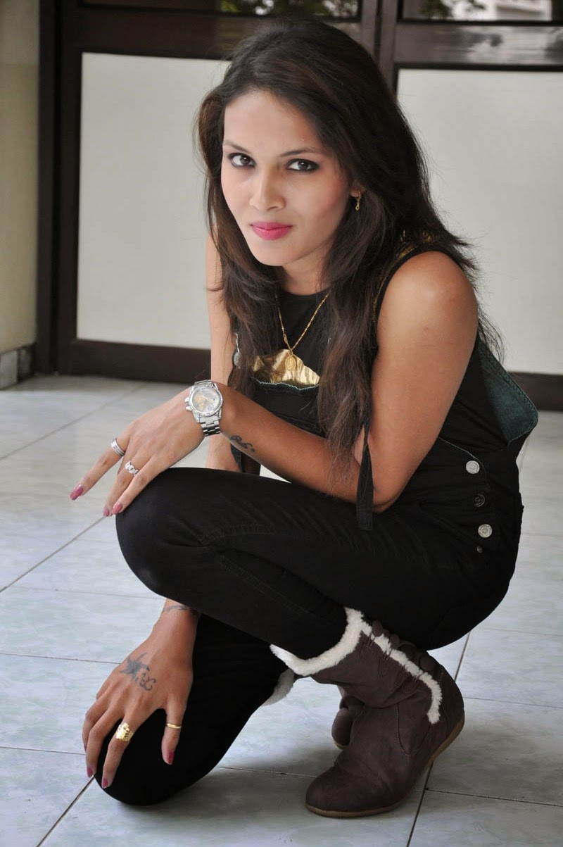 Angel Singh latest glam pics-HQ-Photo-3