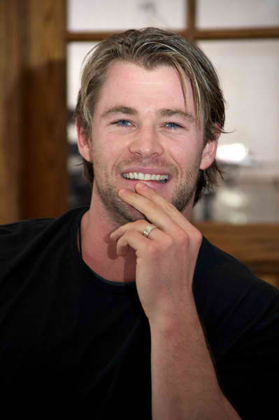 chris hemsworth height and weight. chris hemsworth height. Aussie actor chris hemsworth; Aussie actor chris hemsworth. ColdZero. Sep 19, 11:27 PM. Oh yea, nice and fast :rolleyes:.