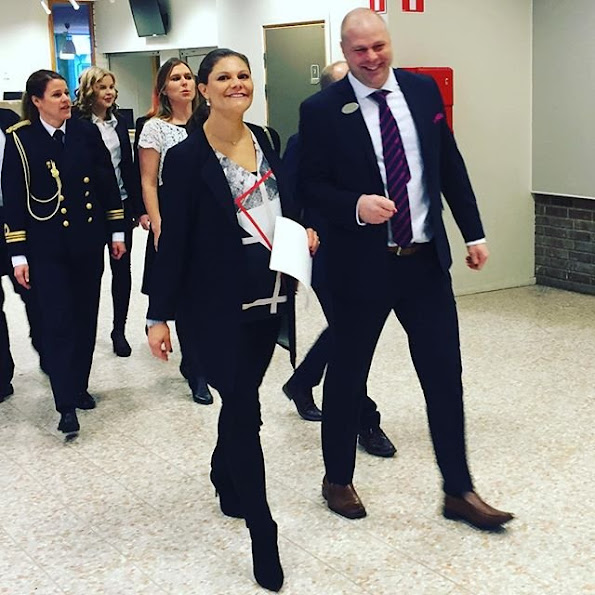 Crown Princess Victoria of Sweden attended a conference organized by Emerich Foundation in Viksjö School of Jarfalla municipality near Stockholm together with Emerich Roth who is a Swedish author and academician.