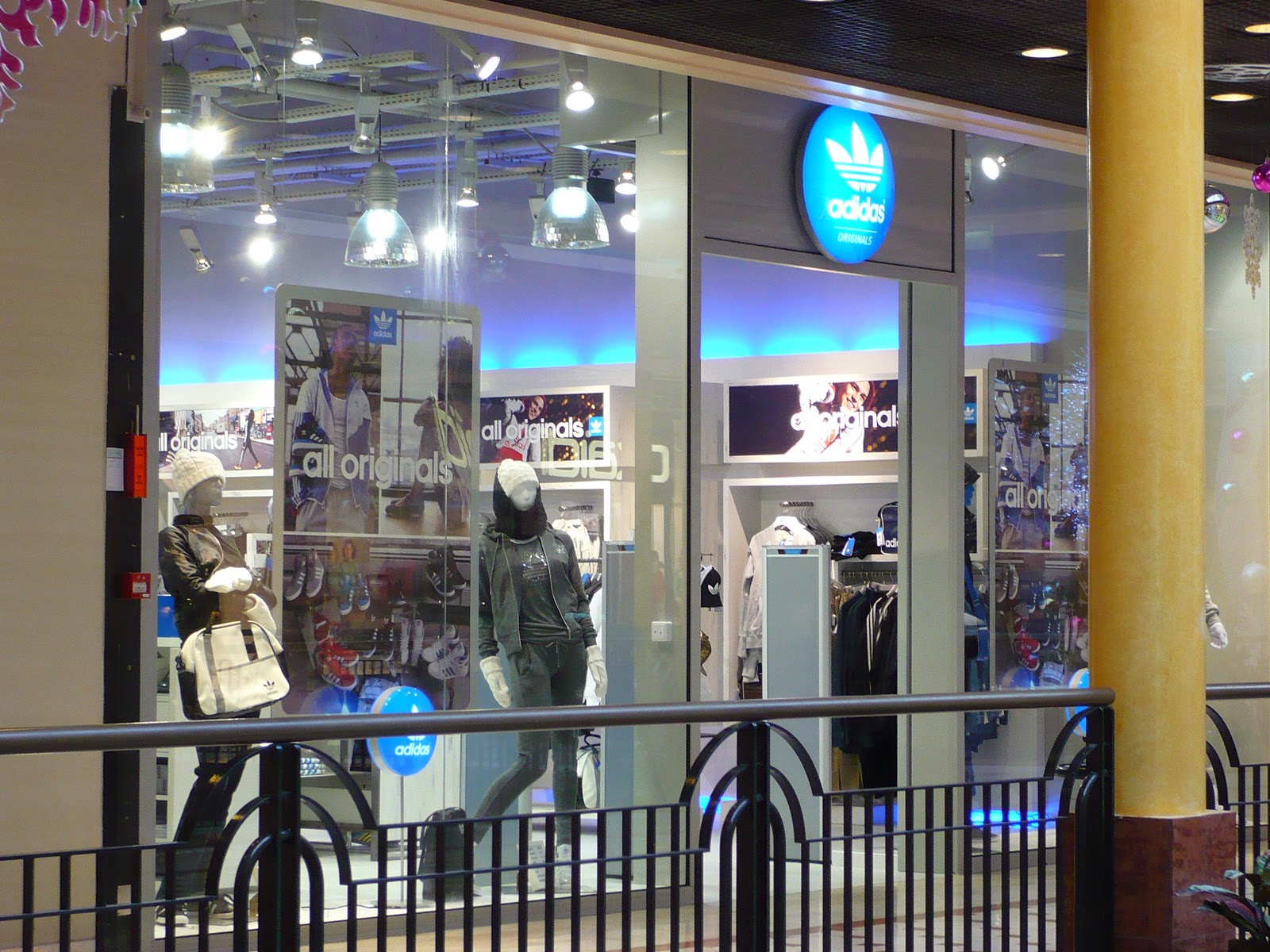 adidad outlet 2v33  adidas outlet lille