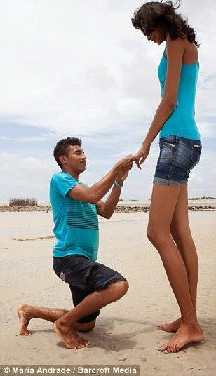 Welcome To CitiGist: Photo: World's Tallest Brazilian Girl ...
