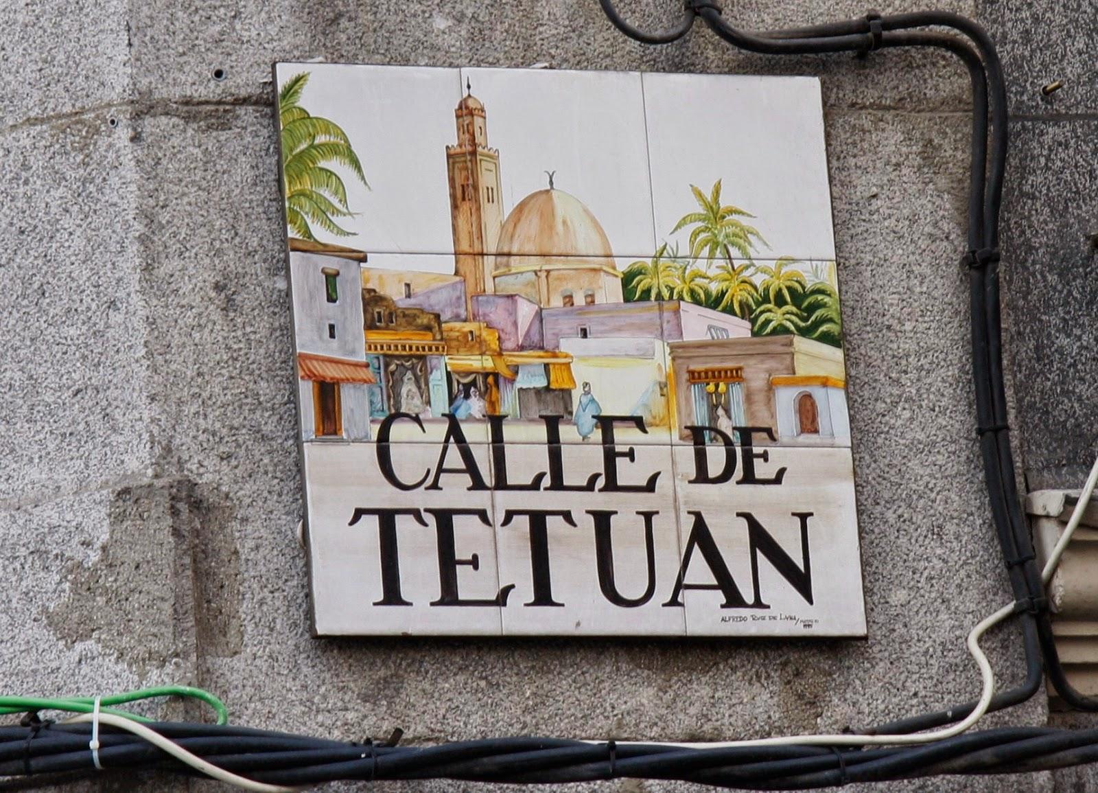 Madrid Los Nombres De Calles En Azulejos