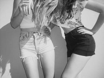 Un verdadero amigo es alguien capaz de tocar tu corazón desde el otro lado del mundo.