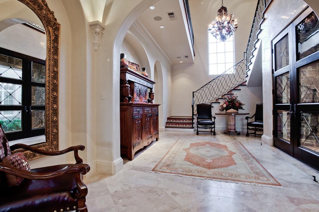 Victorian Interior Design Foyer : Victorian gothic interior style