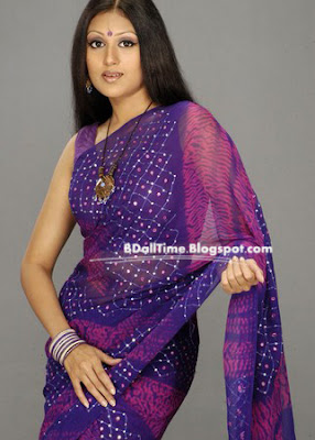 Bangladeshi Model and Actress with Saree