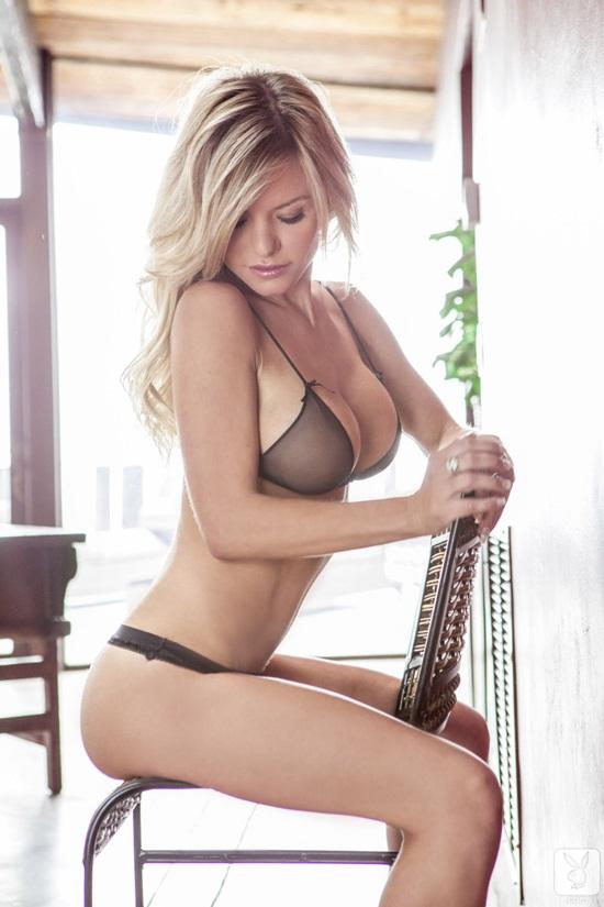 A modelo Lindsey Knight foto 13