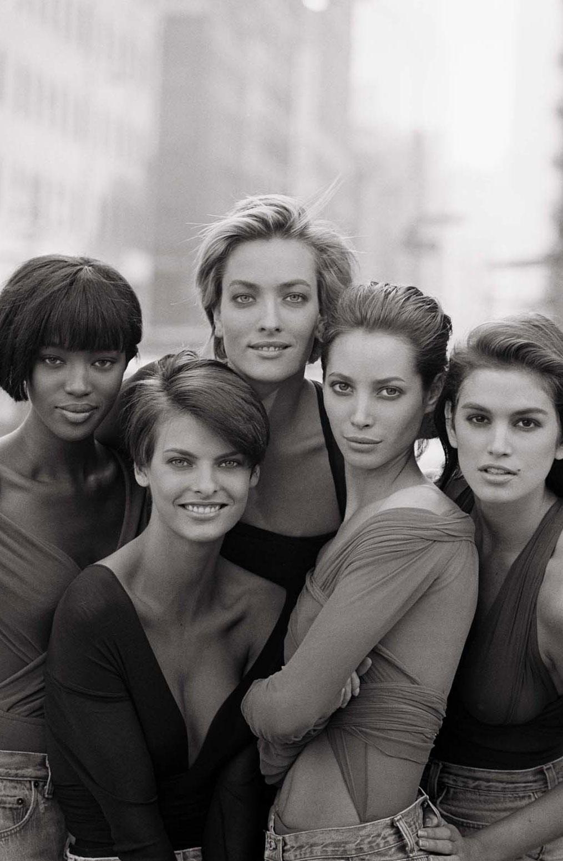Christy Turlington, Cindy Crawford, Tatjana Patitz, Naomi Campbell & Linda Evangelista photographed by Peter Lindbergh for Vogue UK January 1990