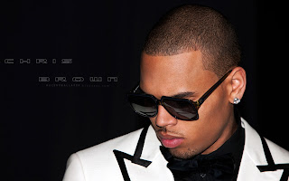 chris brown new wallpapaer photos  by macemewallpaper.blogspot.com