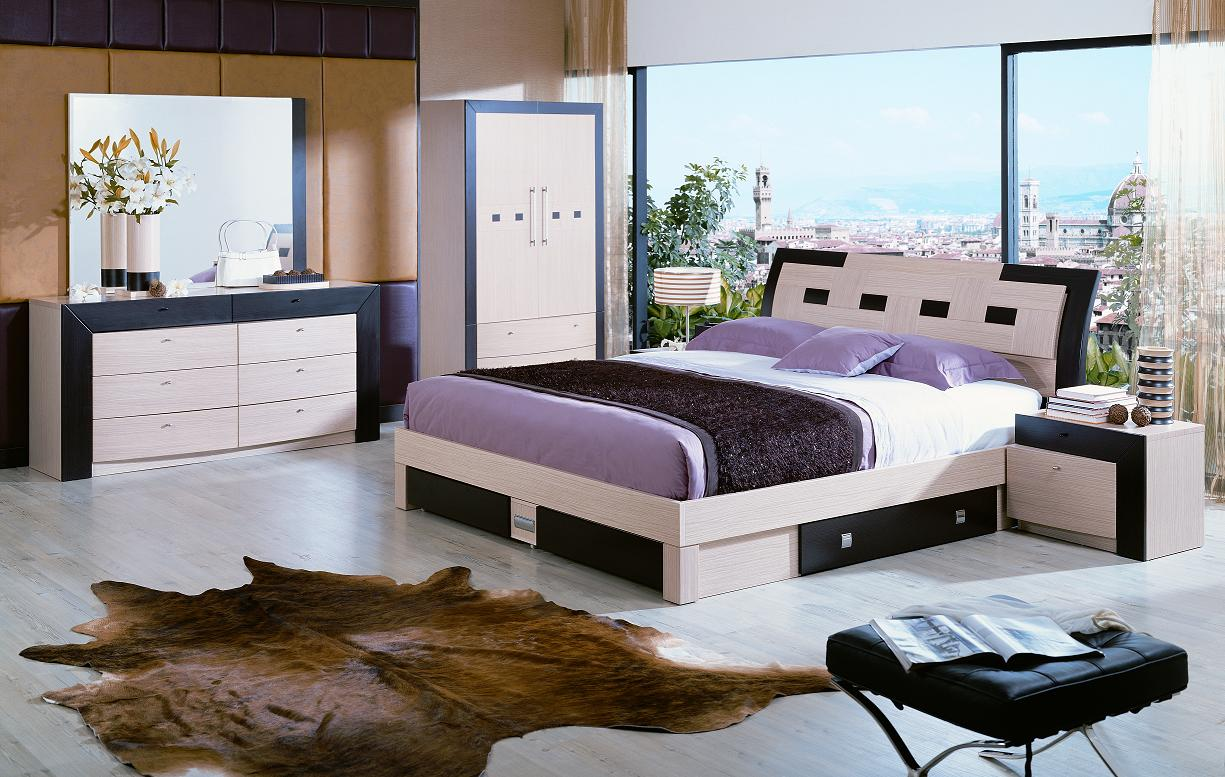 Purple Bedroom Furniture With Spacious Rooms Landscape