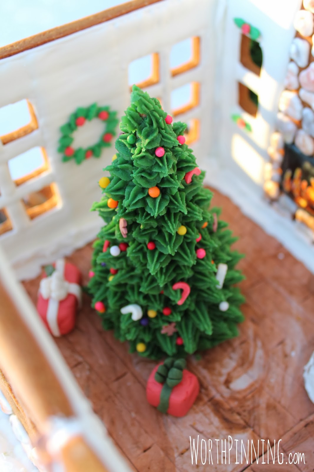 Edible Gingerbread Christmas Tree Decorations : Worth pinning interior of gingerbread house