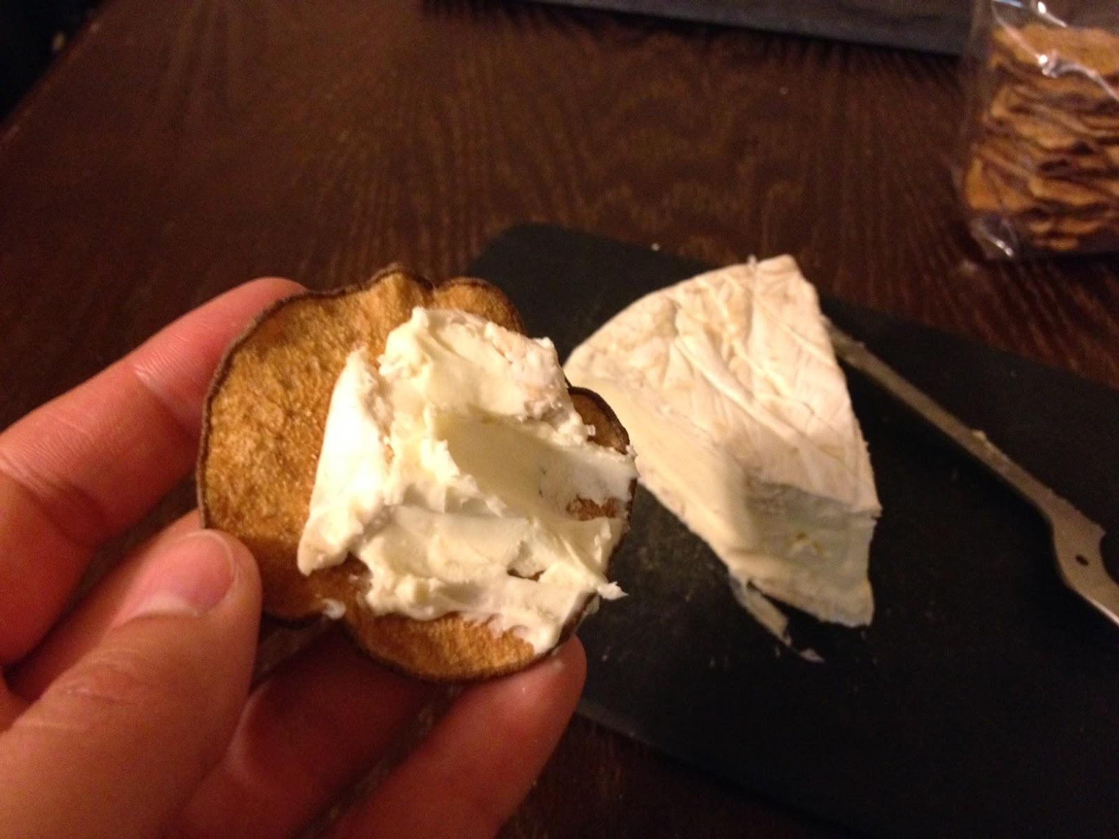 how to eat pasteurized camembert