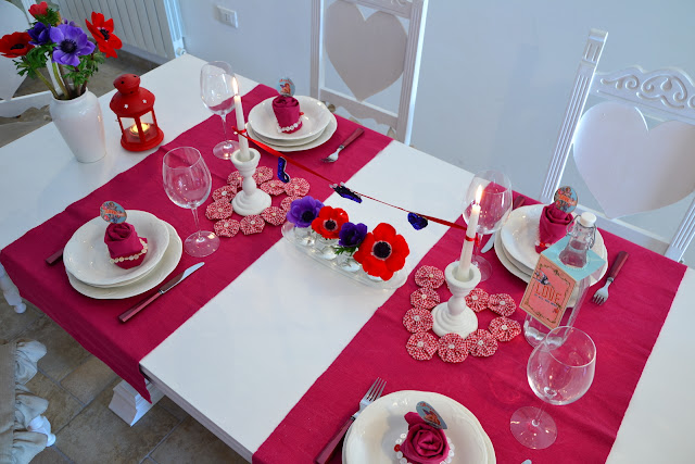Valentine tablesetting http://shabbychiclife-silvia.blogspot.it