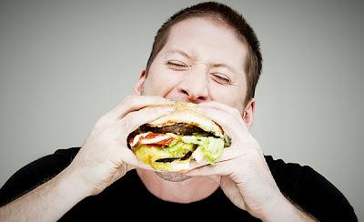 No hay que hacer excesos con la comida