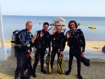 Gerhard Gehlen and Friends - Dive Spot Asia