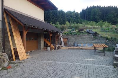 Natírání terasových prken