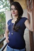 Shruti sodhi new sizzling pics-thumbnail-15