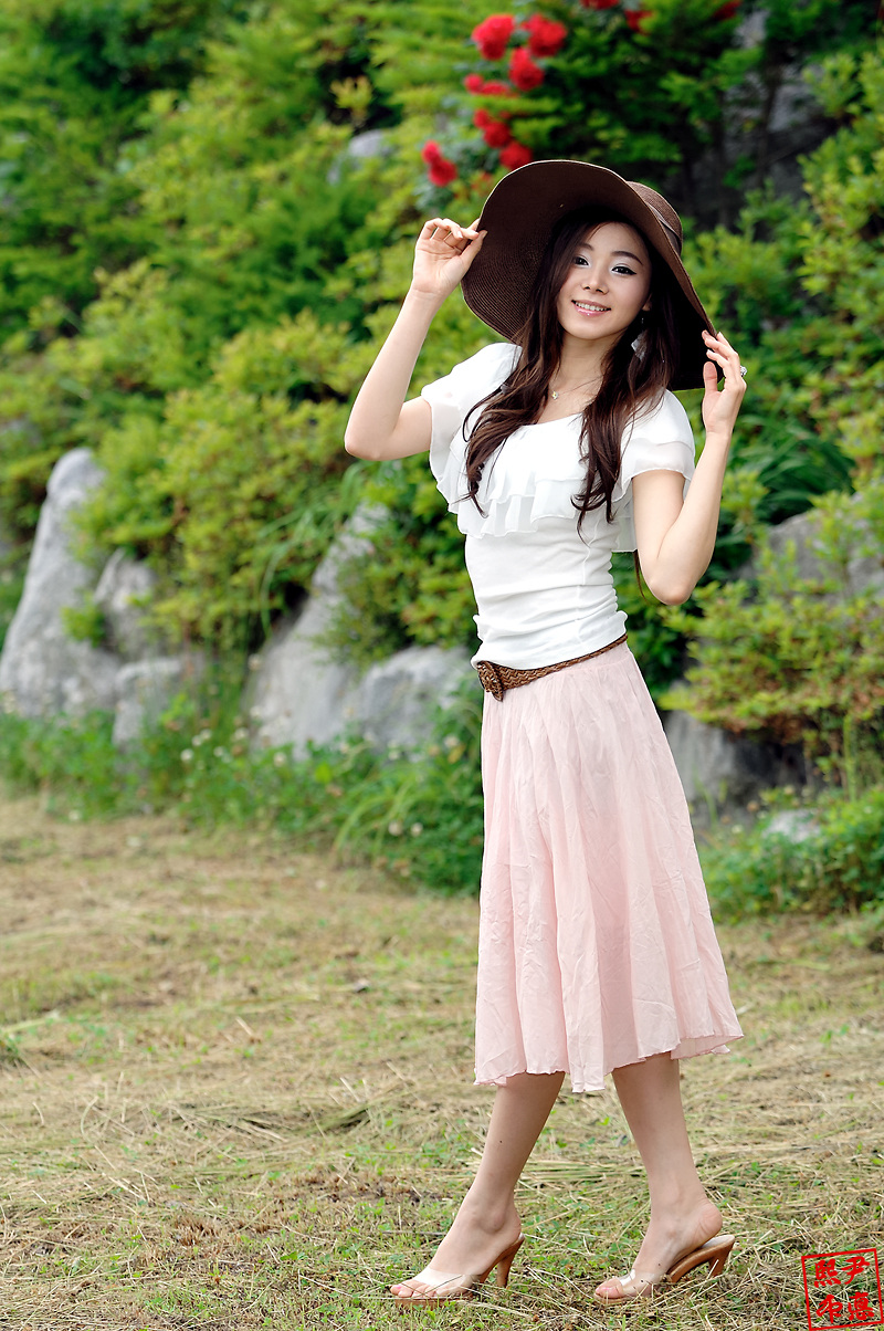 为了什么我又陶醉 (wèi le shén me wǒ yòu táo zuì) - Why am I infatuated again 为了什么我又后悔 (wèi le shén me wǒ yòu hòu huǐ) - Why am I regretting again
